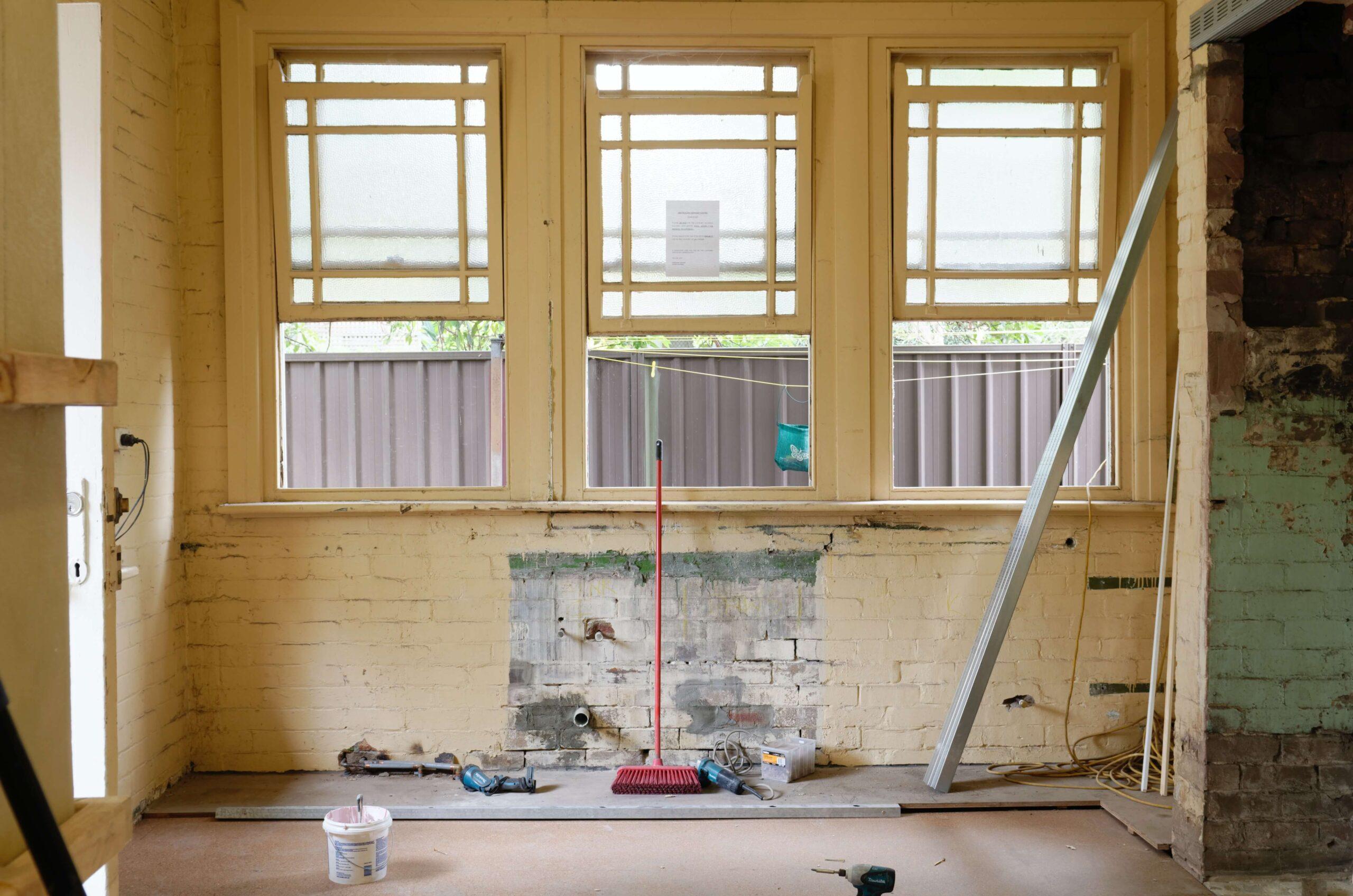 Feuchtigkeit auf der Baustelle: So vermeiden Sie Schäden